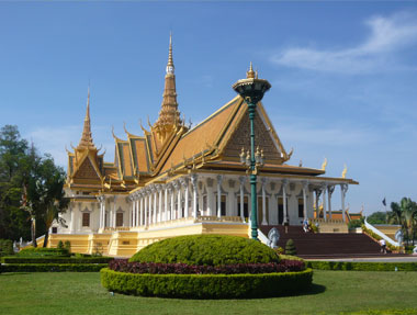 Royal-Palace-Phnom-Penh-Scuba-Nation-Cambodia